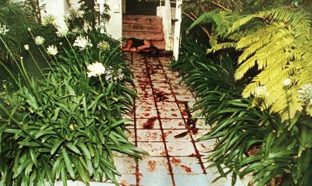 FEMALE murderers Oj Simpson Crime Scene Photos